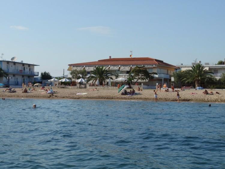 LIOTRIVI BEACH HOTEL