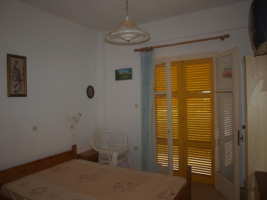 Vila_Yellow_House_Kavos_MarcoPollo, 10
