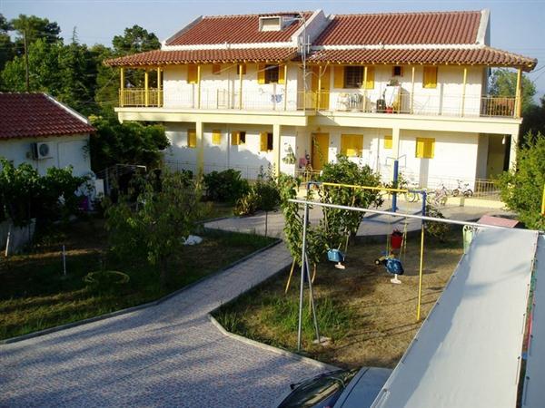 Vila Yellow House Kavos