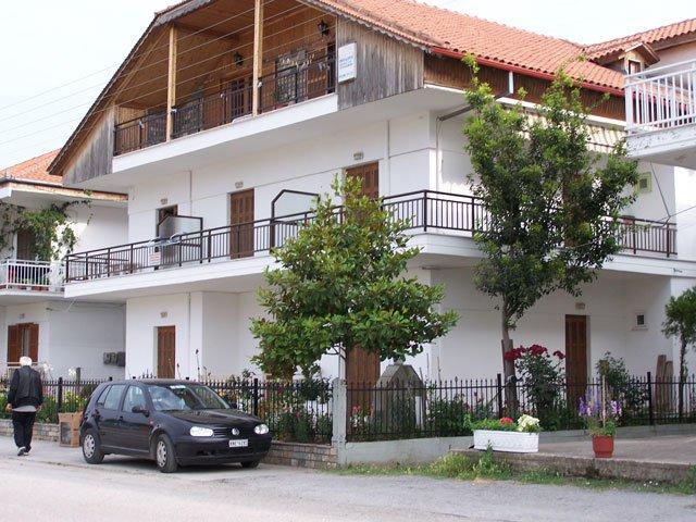 Vila Dora Platamon