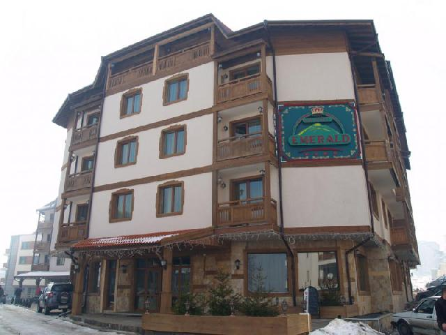 Hotel Emerald 4*