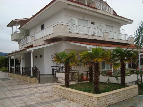 Vila  Dimitris Vrasna beach