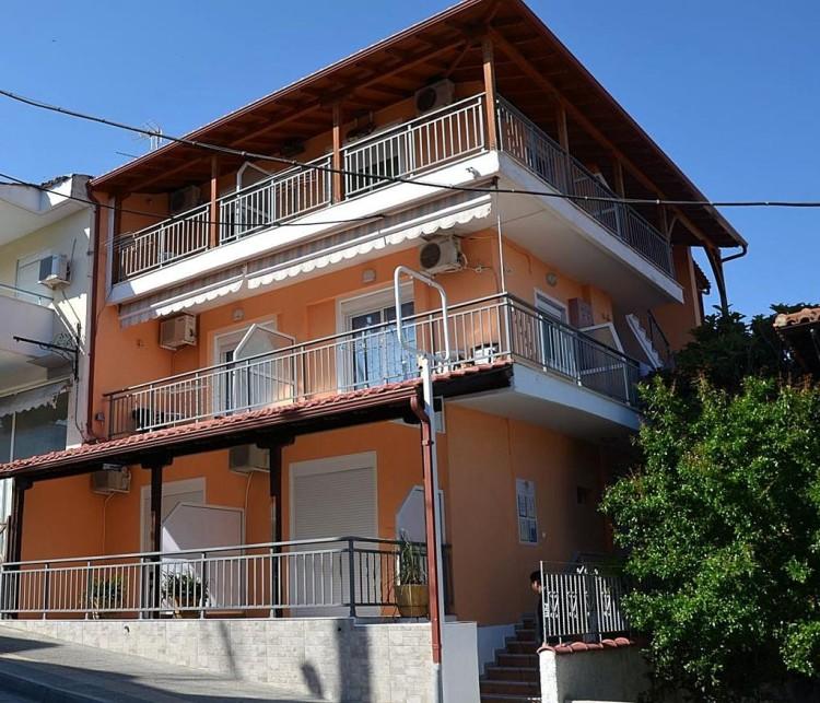 VILA INA 2 Neos Marmaras